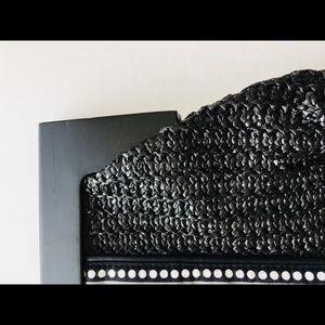 Vera Bradley Bags - New! Vera Bradley Black Straw Clutch-Fanfare